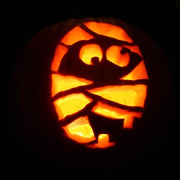 Big boobies mitchel musso tattoos b atrice dalle imagenes for Big pumpkin carving patterns